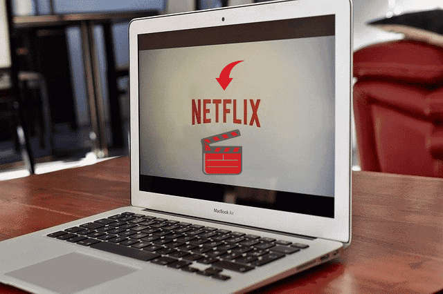 how much data does netflix use to download a movie